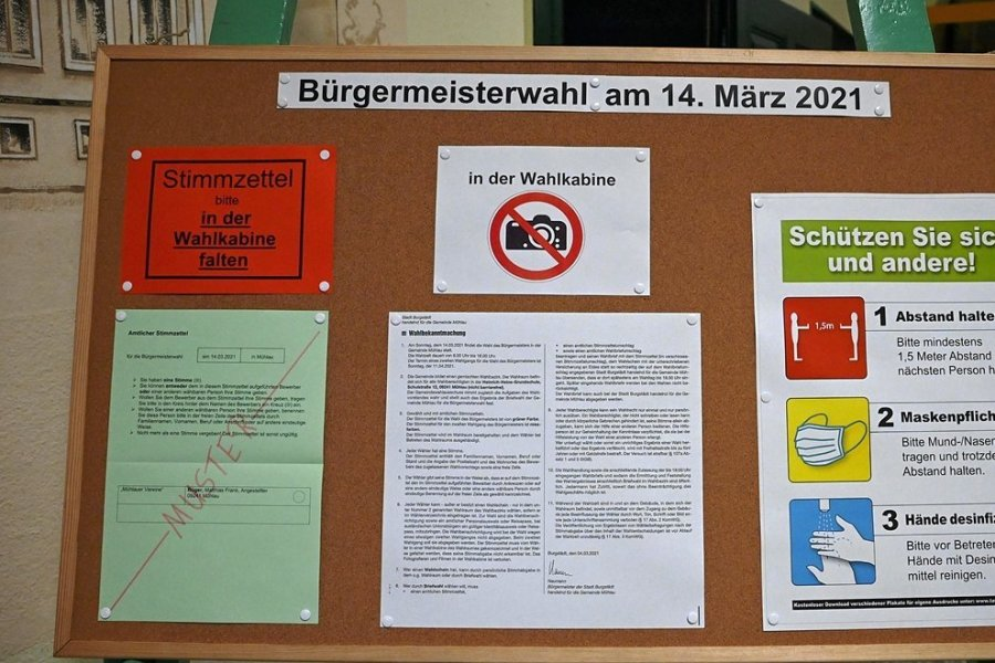 Die Bürgermeisterwahl in Mühlau ist Geschichte. Alles war im Vergleich zu Vorjahren am 14. März anders: Wegen Corona gab es nur ein Wahllokal in der Schule, nutzte mehr als ein Drittel der 902 Wähler die Briefwahl und fand die Auszählung unter erschwerten Bedingungen statt.