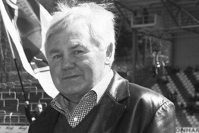 Lothar Schmiedel ist im Alter von 76 Jahren gestorben.