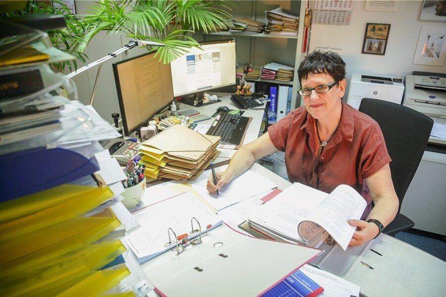 Der Beratungsbedarf wächst: Rentenberaterin Evelyn Kiss in ihrem Chemnitzer Büro.