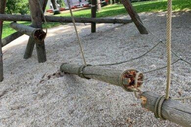 Der morsche Balancier-Balken des sogenannten Nadelkissens ist zweimal durchgebrochen.