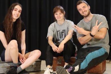 Studentin Henriette Krein hat die BBC-Mitglieder Yasmin Reichardt und Tobias Morgenstern (v. l.) zum Trainingsstart für ein Video interviewt.