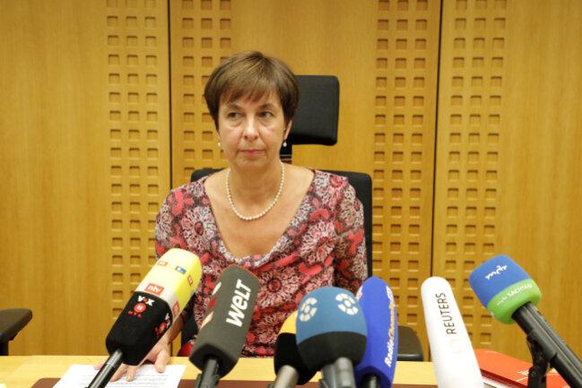 Staatsanwältin Ingrid Burghart erklärte am Dienstag vor der Presse, warum die Aufhebung des Haftbefehls gegen den 22-jährigen Yousif A. beantragt wurde.