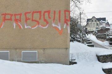 Graffito am Trafohaus Am Silberberg in Kleinvoigtsberg.