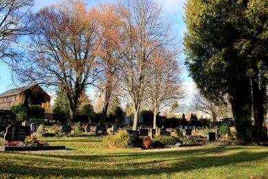 Im November und speziell am Totensonntag wird auch dem Lengenfelder Friedhof der Verstorbenen gedacht.