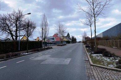 Die Äußere Crimmitschauer Straße in Meerane ist wieder für den Verkehr freigegeben worden.
