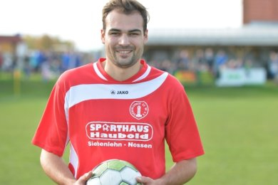 Maximilian Schwinghammer spielt seit dieser Saison beim Siebenlehner SV in der Mittelsachsenliga. Der Bayer absolviert derzeit eine Meisterausbildung an Orthopädieschule Siebenlehn.