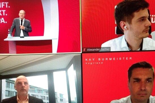 Olaf Scholz (links oben), Kanzlerkandidat der SPD, stellte sich über das Internet am Donnerstagabend Fragen aus dem Vogtland.