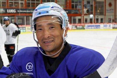 Esbjörn Hofverberg plant eine Fortsetzung seiner Eishockey-Karriere. Nachdem sein Vertrag in Leipzig nicht verlängert wurde, sucht er einen neuen Verein. Das Foto entstand im Herbst 2020.