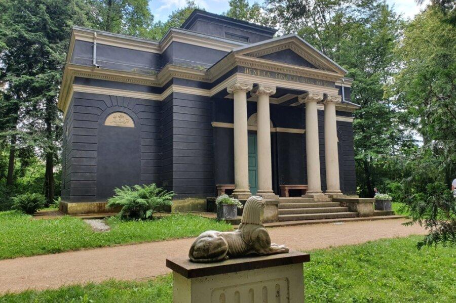 Das Badehaus ist die Attraktion des Grünfelder Parks und das am meisten fotografierte Objekt.