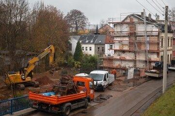 Nach dem Abriss der beiden Wohnhaus-Ruinen werden die Flächen nun umgestaltet.