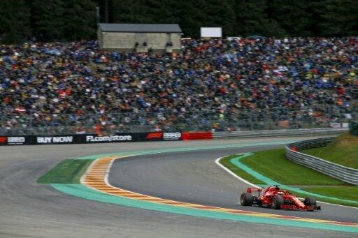 Vettel verteidigt seine Führung im Rennverlauf