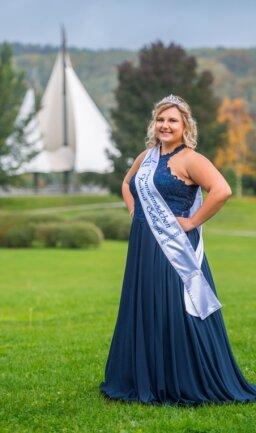 Die neue Hoheit von Bad Schlema: Sarah Vogel. Die 23-Jährige vertritt den Kurort seit kurzem als Brunnenmädchen.