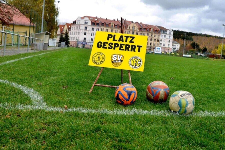 Ausgebremst: Gemeinsames Mannschaftstraining in Vereinen ist derzeit untersagt. Der 1. FC Wacker, der VFC Plauen und der SV 04 Plauen-Oberlosa üben Kritik daran, dass Bundesliga-Profis von der Zwangspause ausgenommen sind.