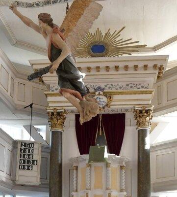 Blick in die Nassauer Kirche. Hier ist am Sonntag ein besonderer Gottesdienst zu erleben.