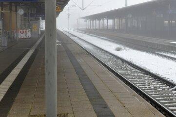 Hier am Freiberger Bahnhof wäre es am Sonntag fast zu einem tragischen Unfall gekommen.