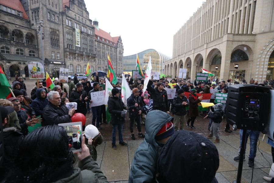 140 Teilnehmer bei Friedenskundgebung der Kurden in Chemnitz