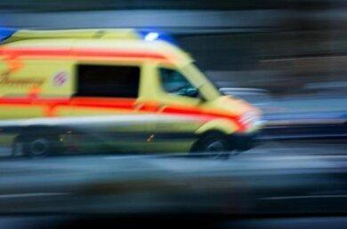 Am Donnerstag ist in Mylauein Senior unter sein eigenes Auto geraten und infolgedessen verstorben.