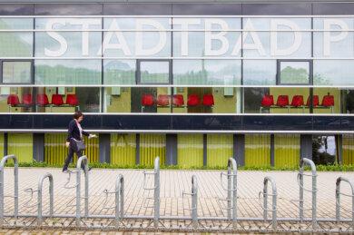 Ab Montag öffnet das Stadtbad in Plauen nach fast sechsmonatiger Schließung wieder. Für Besucher wird sich manches ändern.
