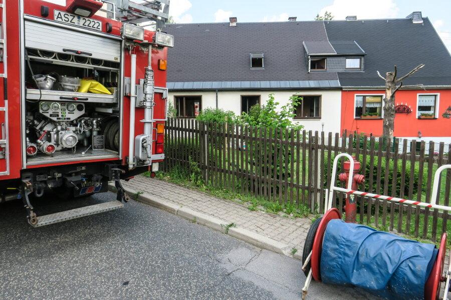Küchenbrand in Grünhain - Drei Verletzte