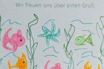 Die Grußkarte ist am Sonntag an einem Luftballon in wenigen Stunden von Bruckberg bei Landshut in Bayern bis in den Schwarzenberger Ortsteil Grünstädtel geflogen. Per Post geht sie nun zurück.