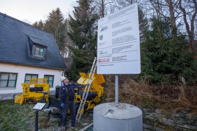 """Marc Schwan, Vorsitzender des Vereins Altbergbau """"Markus-Röhling-Stolln""""."""