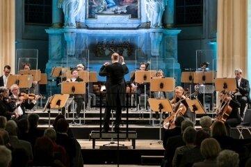 Rund 200 Besucher erlebten am Donnerstagabend das Sinfoniekonzert in der Nikolaikirche.