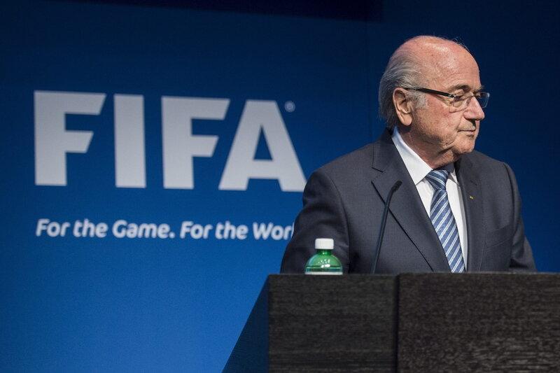 Die Sensation: Blatter tritt als FIFA-Chef zurück
