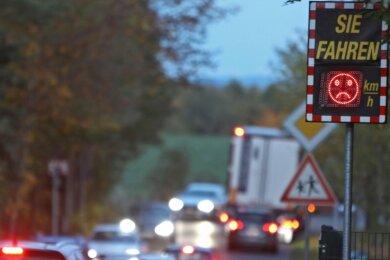 Die Nutzunger Straße, hier in Höhe der Kita am Wichtelgarten, nimmt derzeit viel Umleitungsverkehr auf.