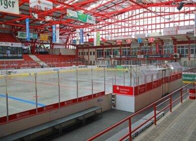 Das Kunsteisstadion im Sahnpark in Crimmitschau.