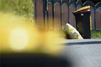 In vielen Städten und Orten im Erzgebirgskreis werden jetzt Gelbe Tonnen bereitgestellt. Sie lösen dort die Gelben Säcke ab.