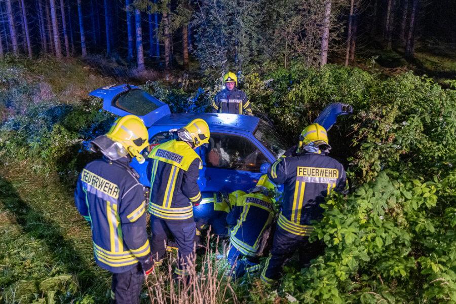 Schwerer Unfall auf S 301 bei Schöneck