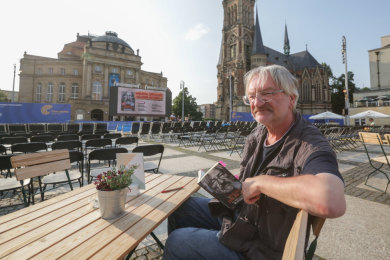 Autor Helmut Richard Brox lebte selbst 30 Jahre auf der Straße.