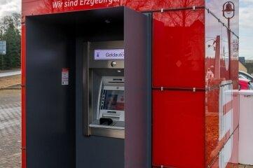 Ab 11. Januar 2021, so ist auf einem Aushang zu lesen, bleibt die Sparkassen-Cube genannte Servicestelle geschlossen.