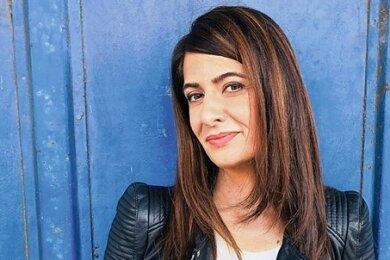 Linda Zervakis war mit ihrer Mutter auf Spurensuche in Griechenland unterwegs und hat darüber ein Buch geschrieben.