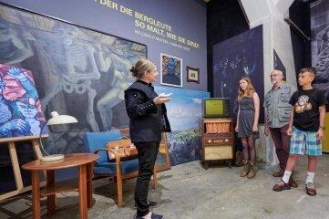 Inszenierung zum malenden Steiger Willibald Mayerl, die den Bogen vom Bergmann zur Kulturgeschichte des Steinkohlenbergbaus spannte.