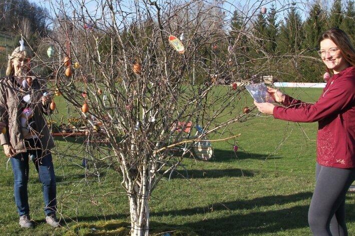 Ein Baum voller Osterwünsche