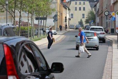 Nach einer Beratung im Technischen Ausschuss steht fest: An der August-Bebel-Straße wird ein Fußgängerüberweg angestrebt.