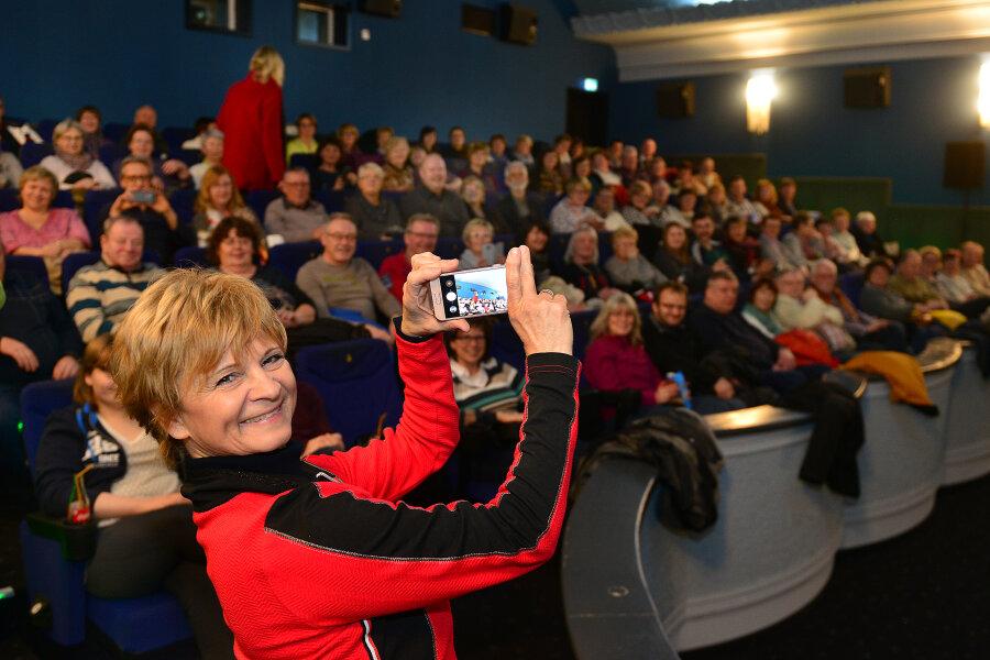 Christine Stüber-Errath in der Filmbühne Mittweida.