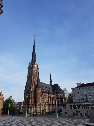 Zum zweiten Mal innerhalb weniger Tage ist eine Kirche in Chemnitz durch Vandalismus beschädigt worden.
