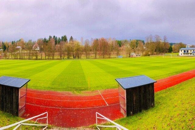 Der Sportplatz in Markneukirchen hat in den vergangenen Jahren ein neues Gesicht erhalten.
