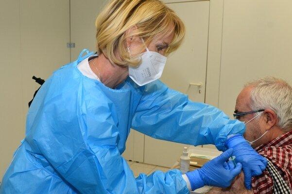 Im Januar wurde der Betrieb im Impfzentrum gestartet, Ende Juni wird er eingestellt. Freie Termine sind zurzeit Mangelware.