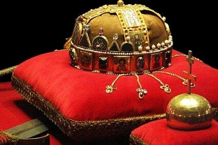 Die ungarische Stephanskrone.