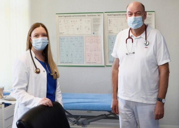Ann-Kathrin Westendorf tritt die Nachfolge von Hausarzt Thomas Kreußlein an und übernimmt seine bestehende Praxis.