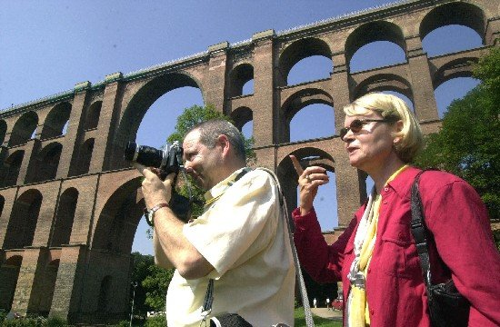 Bei Touristen ein beliebtes Ausflugsziel: Die imposante Konstruktion der Göltzschtalbrücke