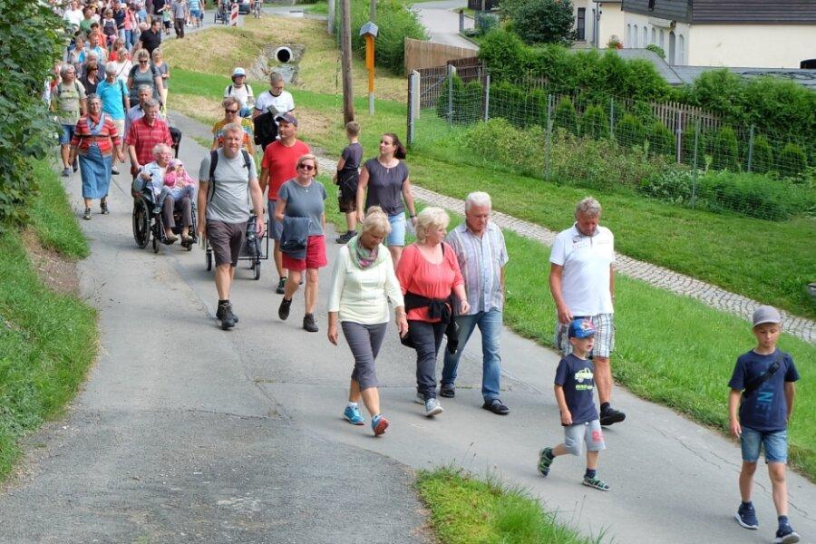 Schwind-Weg mit Wanderung eingeweiht