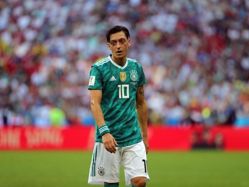 Mesut Özil will nicht als Sündenbock für das WM-Vorrunden-Aus der DFB-Elf herhalten.