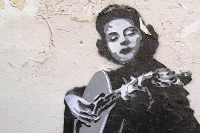 Fado-Ikone Amália Rodrigues auf einem Wandbild.