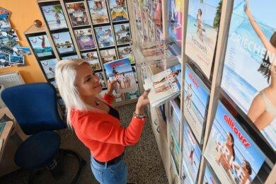 Wohin geht's im Jahr 2021? Reisebüro-Inhaberin Jana Petzold berät ihre Kunden, wenn es um Urlaub geht. Fragen haben die derzeit zuhauf.