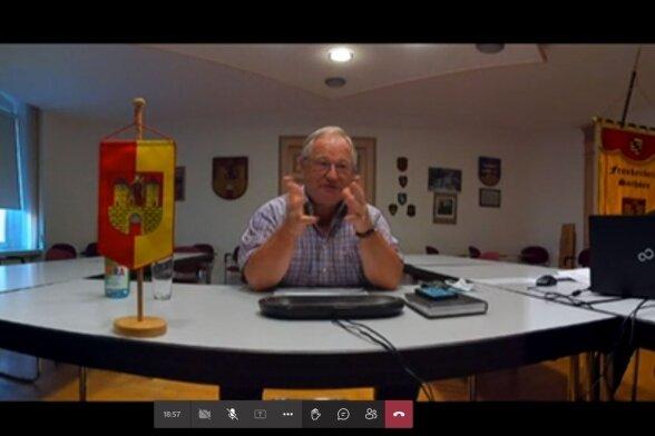 Frankenbergs Bürgermeister Thomas Firmenich (CDU) in der Videokonferenz mit Vertretern von Sportvereinen der Stadt.