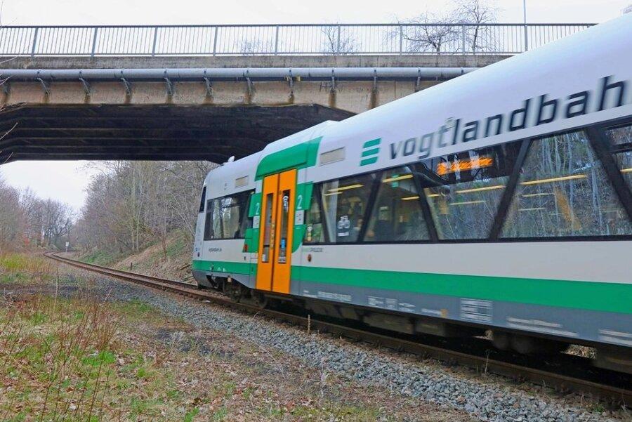Unbekannter verletzt Fahrer der Vogtlandbahn durch Laserstrahl am Auge